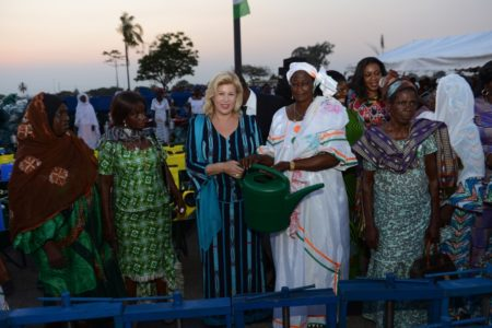 Mrs. Dominique Ouattara attests her support for women in the Bélier region