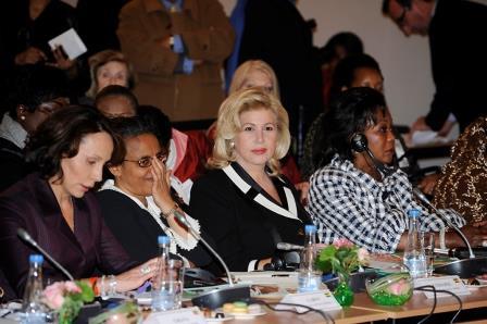 Mme Dominique Ouattara lors du sommet des Premières Dames contre les violences faites aux femmes en période de conflit