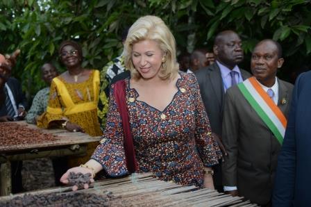 Mrs. Dominique Ouattara, visiting cocoa-coffee farmers in San -Pedro