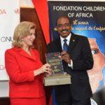 Dominique Ouattara a été faite Ambassadeur spécial de l'ONUSIDA pour accélérer l'accès au traitement pédiatrique du VIH et du SIDA