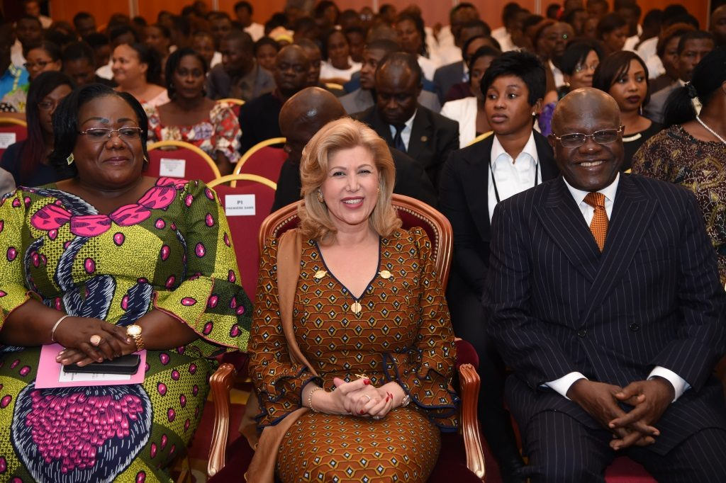 The First Lady Dominique Ouattara along with Mrs. Anne Ouloto, Vice President of the Interministerial Committee (CIM) and Gilbert Kafana Koné, the Mayor of Yopougon