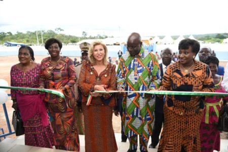 madame-dominique-ouattara-a-procede-a-linauguration-du-centre-de-sante-de-koua-kouassikro-portant-son-nom.jpg