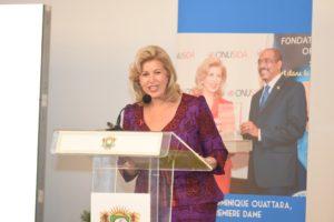 la-premiere-dame-dominique-ouattara-a-invite-les-acteurs-a-une-synergie-dactions-pour-lelimination-de-la-transmission-mere-enfant-du-vih-2.jpg