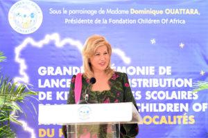 dominique-ouattara-lancements-kits-scolaire-fondation-children-of-africa-port-bouet-37.jpg