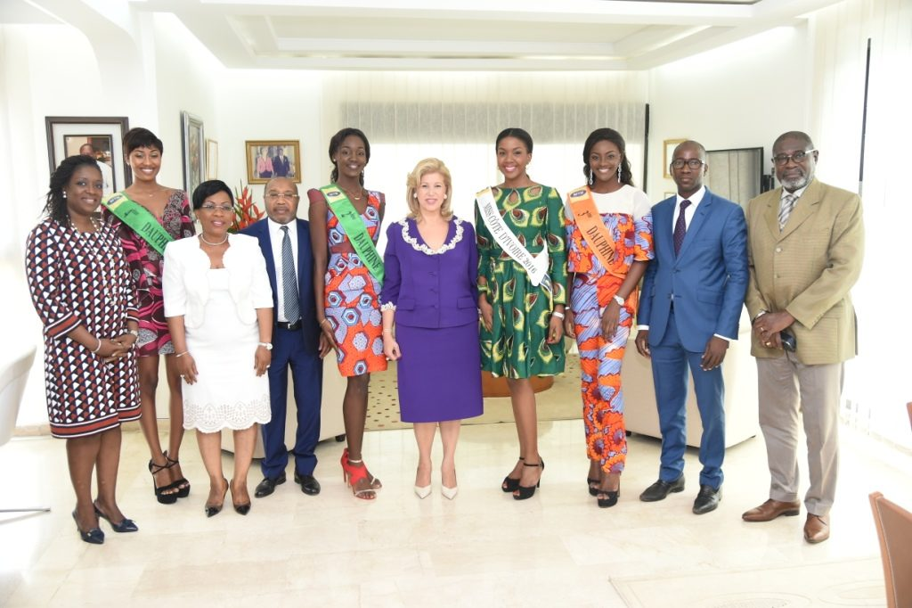 The First Lady Exchanges With Miss Côte d'Ivoire and her Runner-Ups