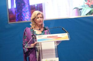 dominique-ouattara-ceremonie-de-cloture-conference-des-premieres-dames.jpg