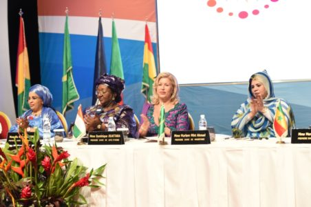 dominique-ouattara-ceremonie-de-cloture-conference-des-premieres-dames-de-l-afrique-de-l-ouest-et-du-sahel.jpg