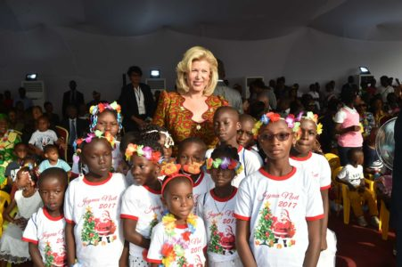 More than 3,000 children discover the Presidential Palace in Plateau