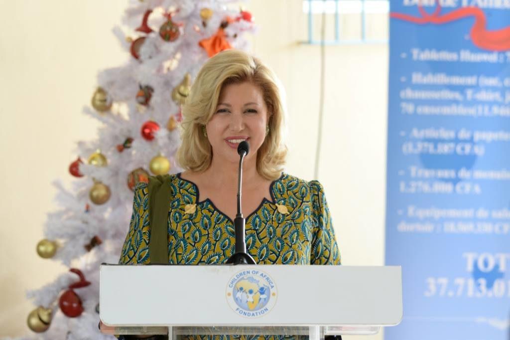 dominique-ouattara-ambassadeur-de-chine-case-des-enfants.jpg